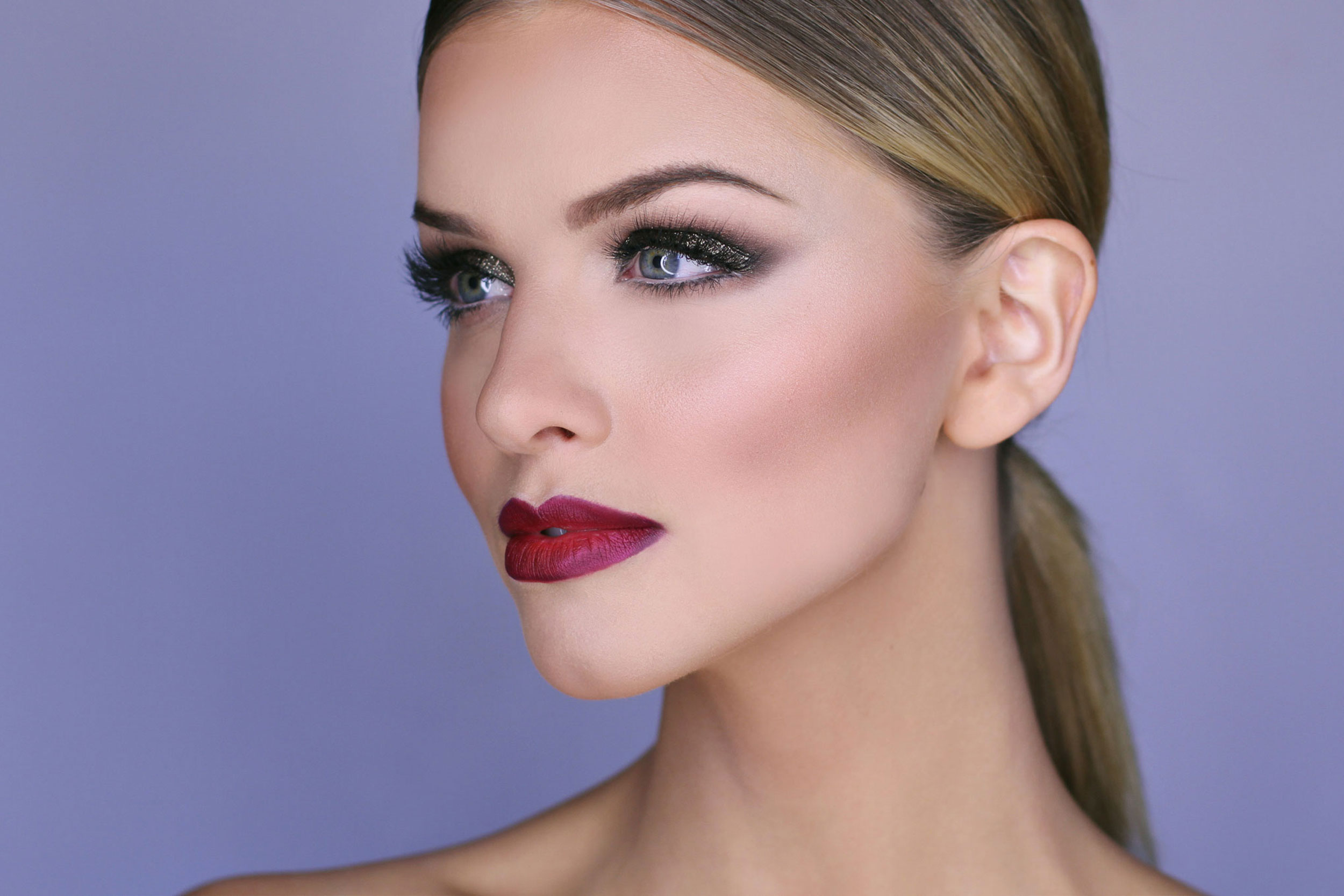 fashion style guys prefer full makeup just little lipstick