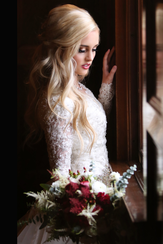 wedding_hairstyles_bridal_halfup_blonde